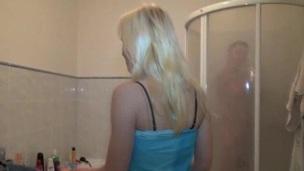 Shagging revenge inside the bathroom