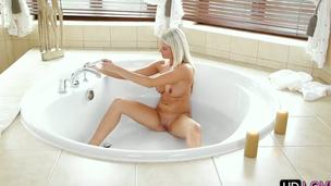 Exceptional blonde babe enjoys this beautiful fucking action previous to taking a cold bath! Babe comes upstairs and presents her lucky boyfriend an astounding morning blowjob!