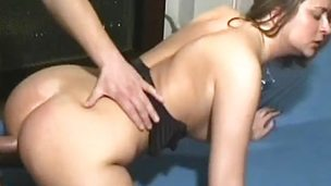 Amateur babe gets her pussy nailed
